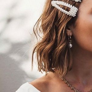 CHANEL Accessories - Chanel Pearl Hair Clip